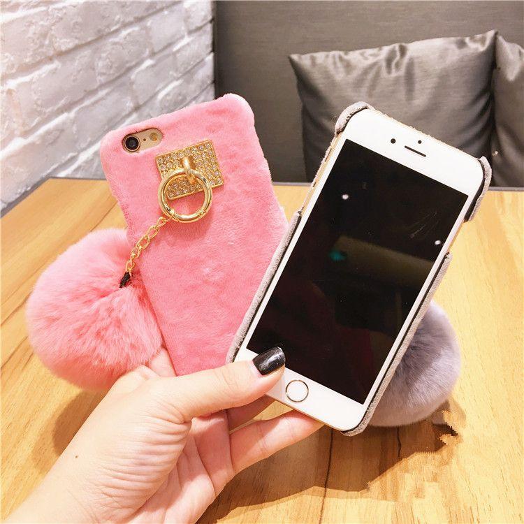 Telefone villose quente capa dura traseira com luxo fur ball phone case para iphone 6 6 s 7 plus telefone móvel case capa fundas