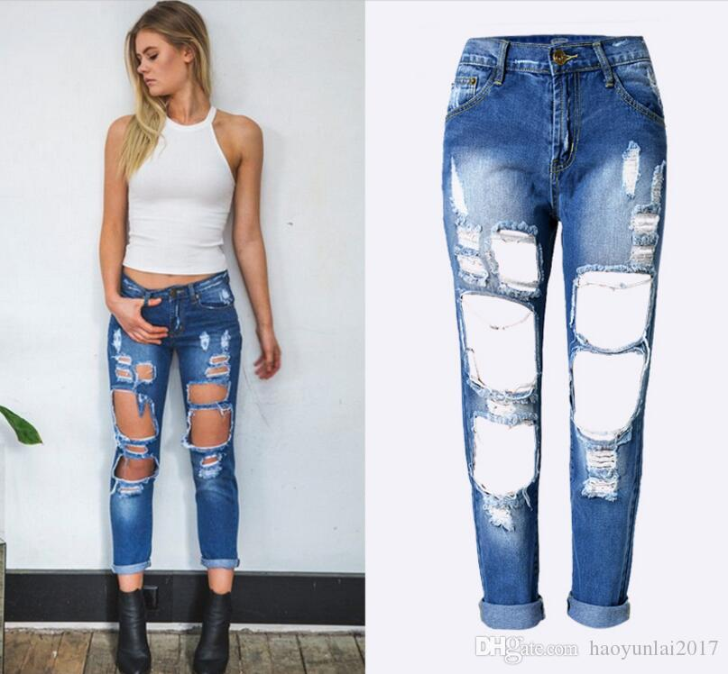Großhandel Sexy Zerrissene Jeans Für Frauen Freund Vintage Denim Hosen 2017  Damen Cool Mid Taille Gerade Loch Jeans Blau Von Haoyunlai2017,  21.11 Auf  De. bd328e0628