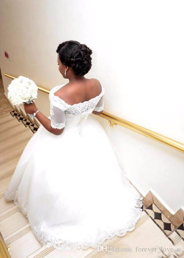 Classic South African Ball Gown Wedding Dress Off the Shoulder Short Sleeves Hear Shaped Beads Crystals Lace Appliques Bridal Gowns Corset