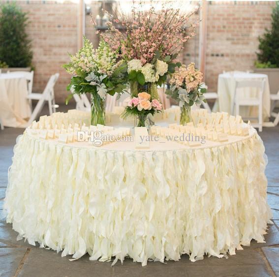رومانسية الكشكشة الجدول تنورة اليدوية الزفاف الجدول الزينة مخصص جعل العاج الأبيض الأورجانزا كعكة الجدول القماش الكشكشة