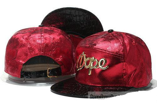 dedfebb8034 2017 Street Hot Brand Golden Letter Embroidery Strapback Cap Cool ...