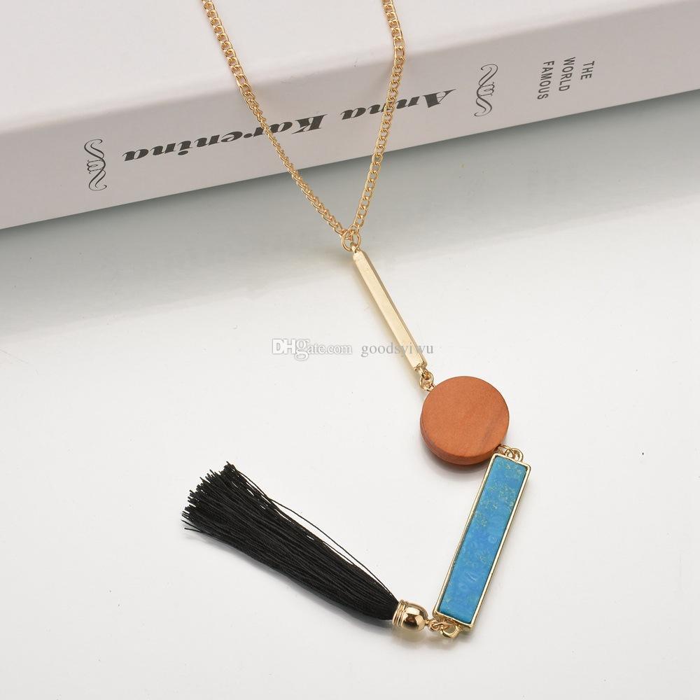 Collana in pietra etnica fatta a mano in legno Collana in nappa nera fatta a mano Collana di moda in oro a catena lunga delle donne della moda indiana