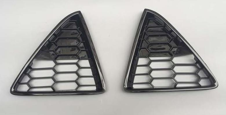 1 Set High Quality Piano Painted Mesh ST Grille For Ford Focus 2011-2014
