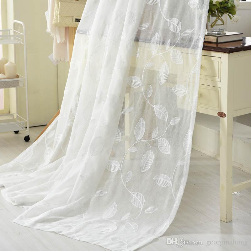 Cortinas blancas para dormitorio free cortinas salon for Cortinas blancas dormitorio