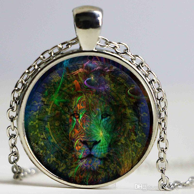 Vintage Jewelry Lion Glass Cabochon Art Pictures Pendant Necklace Ancient bronze Accessories Chain Necklace Wholesale
