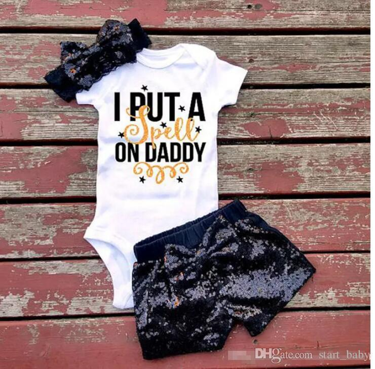 Bebé niña INS letras mamelucos traje 7 Estilo Niños Mamelucos triangulares de manga corta + paillette shorts + bowknot Banda para el cabello establece ropa