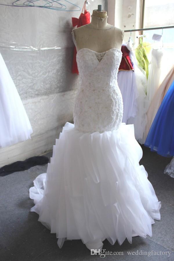 Wunderschöne Rüschen Meerjungfrau Brautkleid Schatz Sleeveless Perlen Stickerei Vertikale Rüschen Brautkleider mit Illusion Back Sweep Zug