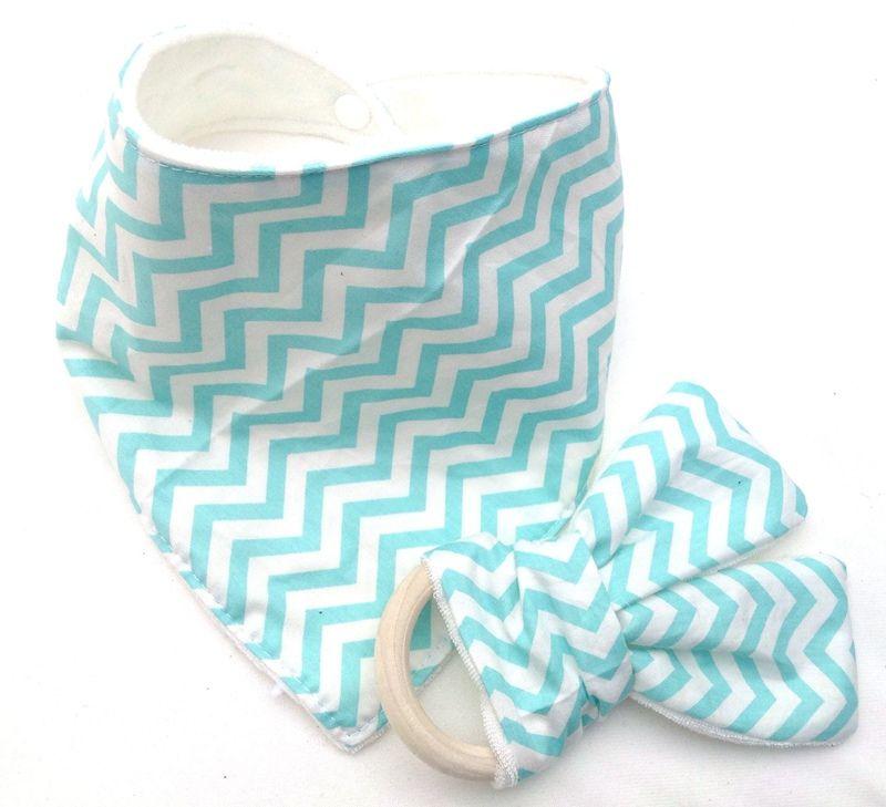 Baby Triangle Bib burp Cloths & Teethers set Cotton Bandana kerchief infant Saliva Bibs Pinafore Apron Wooden Chews Teeth Stick YE006