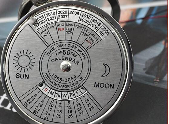 Pusula Anahtarlık Çift Anahtarlık Retro 50 Yıl Perpetual Takvim Güneş Ay Anahtarlıklar Alaşım Sevgililer Günü Hediyesi için Zaman Ve Gelgit Bekleyin DHL