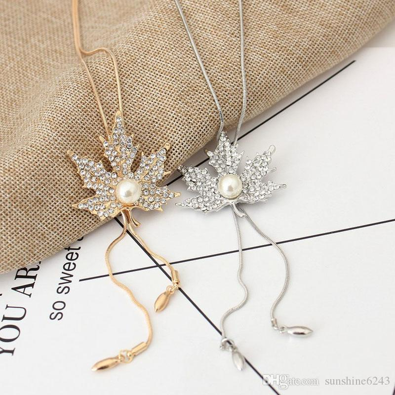 2017 ornaments autumn and winter wild sweater chain long paragraph maple leaf necklace female decorative pendant snake chain accessories