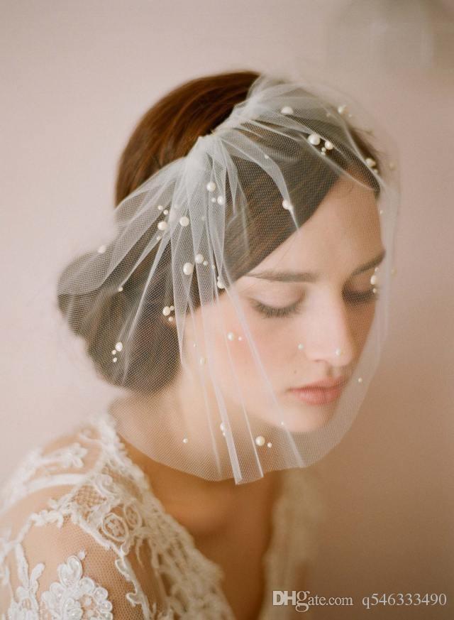 Elegante Tulle Feather Nachahmung Perlen Bridal Hats Gesicht Schleier Fascinators Headpiece Party Hut Birdcage Schleier Hochzeit Zubehör