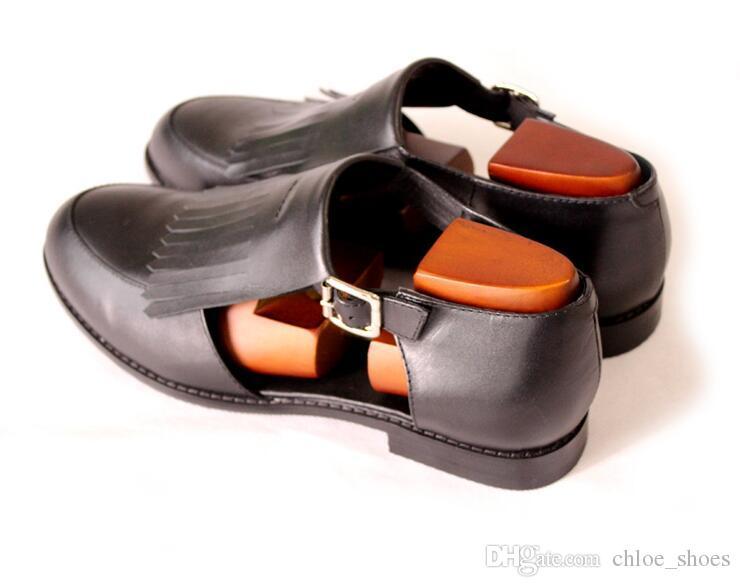 Scarpe in pelle da uomo in nappa di mucca fatte a mano Scarpe da uomo Slip classico Slip on Style British Style Tacco in vera pelle tagliato a sandali retrò