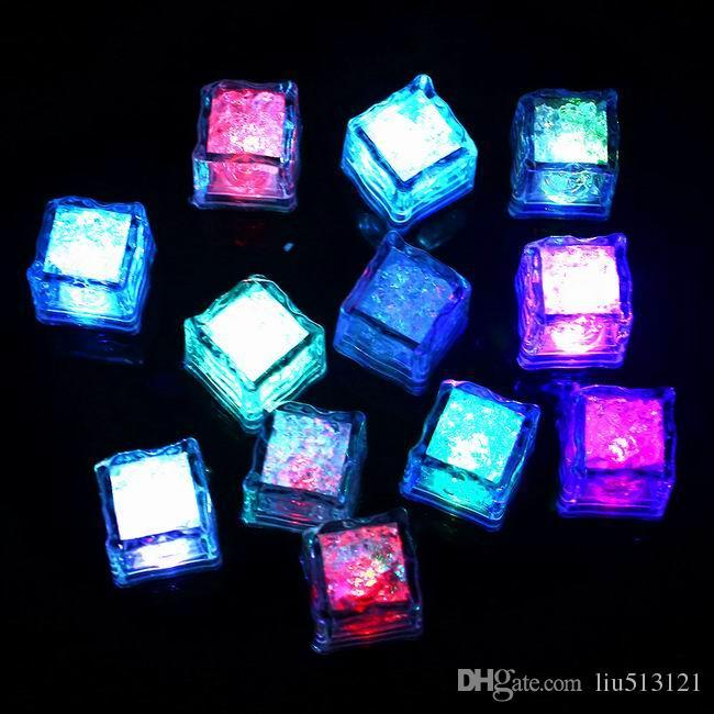 Mini Romantic Luminous Cube LED Artificial Ice Cube Flash LED Light Festive Party Wedding Christmas Decoration Flash Ice Cube