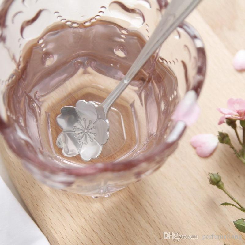 Stylist Stainless Lovers Cherry Blossoms Rose Measuring Spoons Tea Coffee Spoon Children's Soup Ice cream Scoop S201774