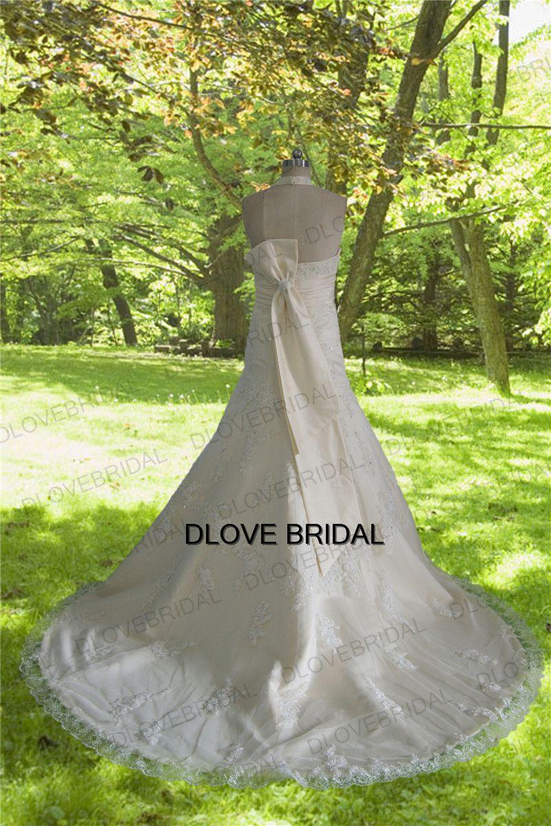 Vintage Champagne Halter V Neck Backless Wedding Dress with Lace Appliques Elegant Big Bow Bridal Dress Vestido de noivas Factory Real Photo