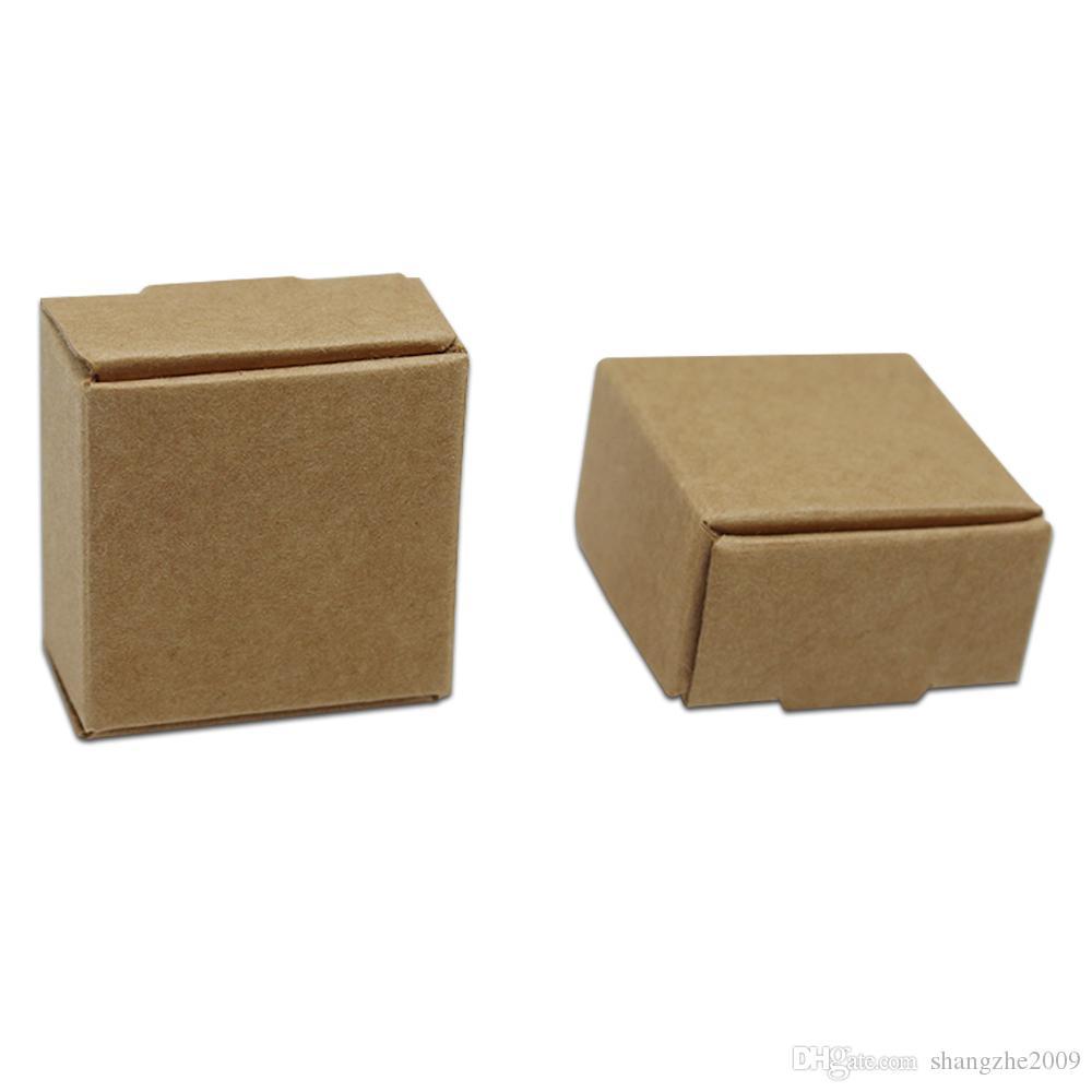 Küçük 3.7 * 3.7 * 2 cm Kraft Kağıt Kutusu Hediye Ambalaj Kutusu Takı Için DIY El Yapımı Sabun Düğün Şeker Ekmek Kek Kurabiye Çikolata Pişirme Kutusu