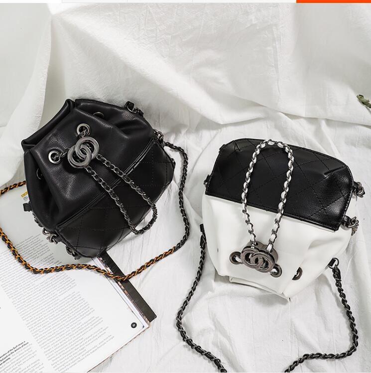 Art und Weisebeutel klassische lederne Goldsilberkette geben neue Handtaschen des Verschiffungskreuzkörpers neue Umhängetaschenbeutelbeutel um