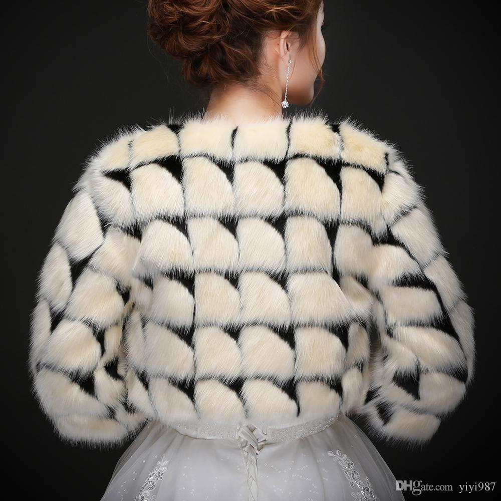 Foto vere Sexy Moden Moden Faux Fur Giacca da sposa Calda Bolero Bolero Giacca da sposa Cappotti Wraps Wraps Wedding Cape Gallo Gloocco all'ingrosso