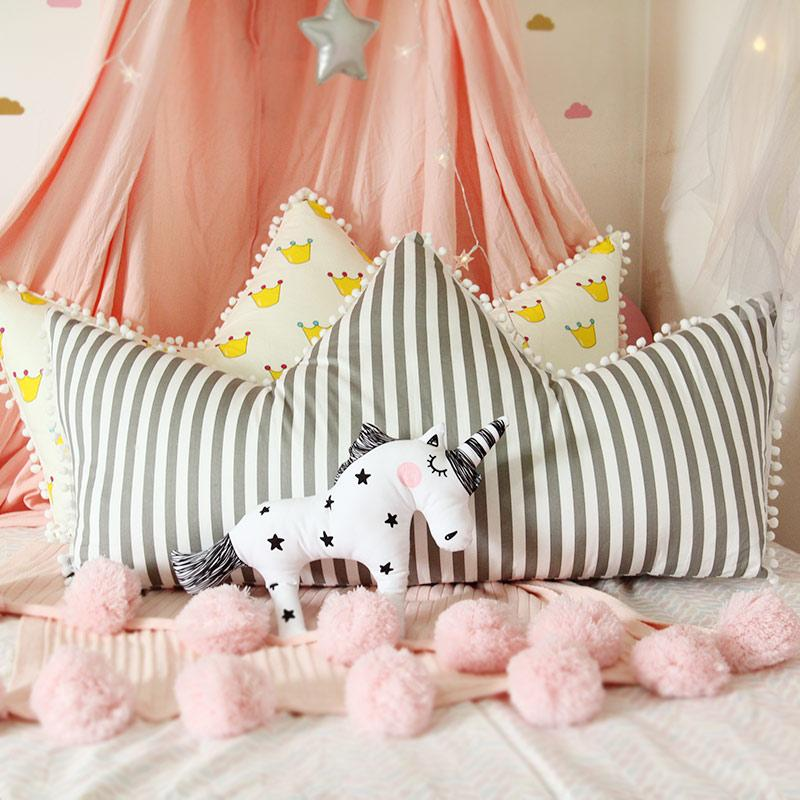 40 New Crown Shape Pillow Cute Decorative Pillows For Kids Fascinating Cute Cheap Decorative Pillows