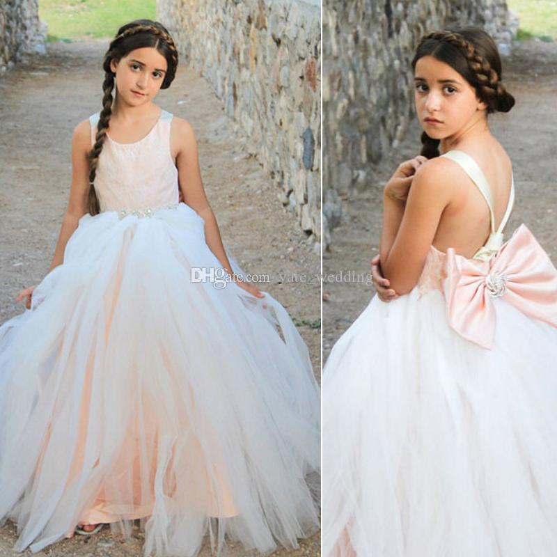 Blush Pink Princess Lace Tulle Flower Girls Abiti per matrimoni Crystal Sashes Big Bow Backless Bohemian Bambini abiti da festa di nozze