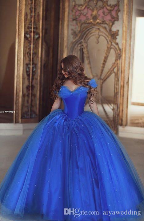 Cinderela Vestidos de Baile Fora Do Ombro Plissado Azul Gelo Vestidos de Princesa Inchado Desgaste da Noite Tule Vestidos de Baile Quinceanera Especial Vestido de Baile