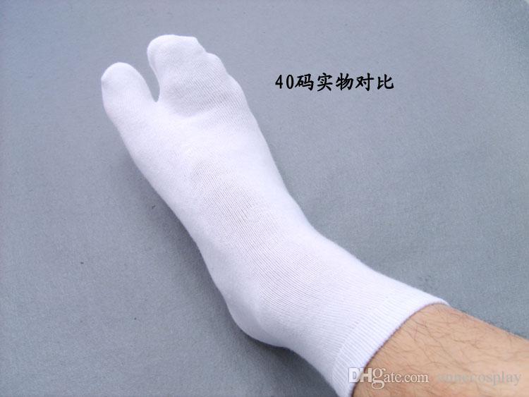 Bleach Kurosaki Ichigo Kuchiki Rukia Unisex in cotone bianco con due calzini e calzini giapponesi con zoccoli Cosplay