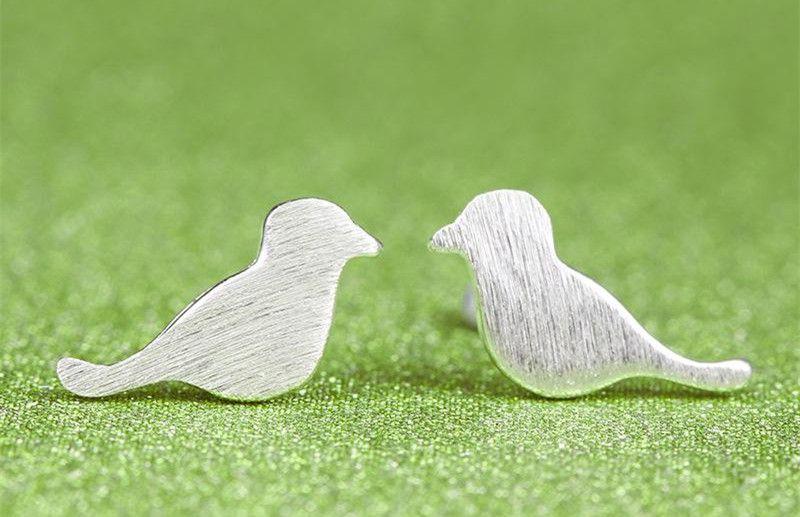 925 스털링 실버 귀 스터드 여성을위한 숙녀 패션 쥬얼리 사랑스러운 토끼 양 새들 동물 귀걸이 액세서리 선물