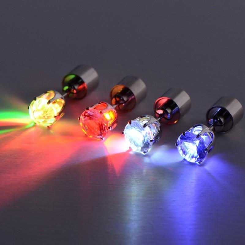 Işıltılı Kulak Çıtçıt Renkli LED Işık Up Elmas Küpe Parlayan Karanlık Kulaklar Halka Noel Dekorasyon Için 2 8md B