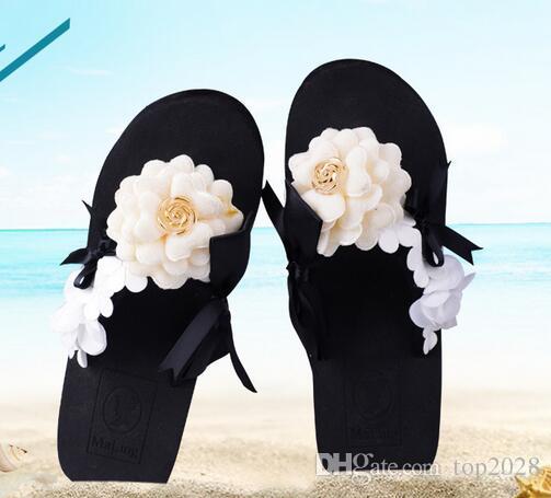 زهرة كاميليا لؤلؤة النعال أعلى جودة مثير أزياء العلامة التجارية الفاخرة لينة شاطئ فلات النساء الخفيف البحر باس عطلات النعال