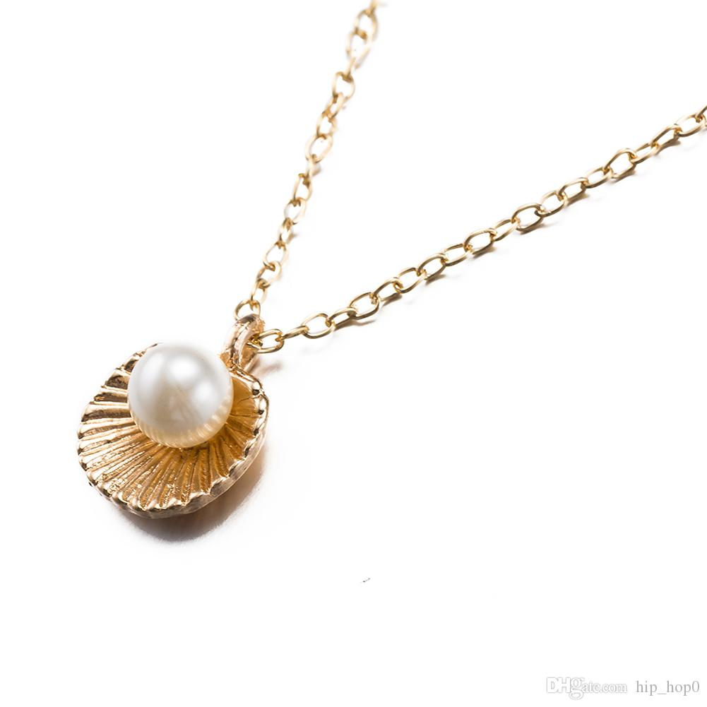 Rose & Imitation Platinum Necklace Beautiful Shell Shaped Artificial Pearl Elegant Pendant Necklaces for Women Cheap Jewelry Christmas Gift