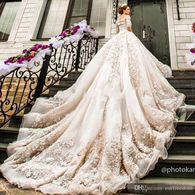 2017 Elegant Ball Gown Bling Off Shouler Lace Applique Beaded Bohemian Berta Wedding Dresses Bridal Gowns With Sleeves Designers