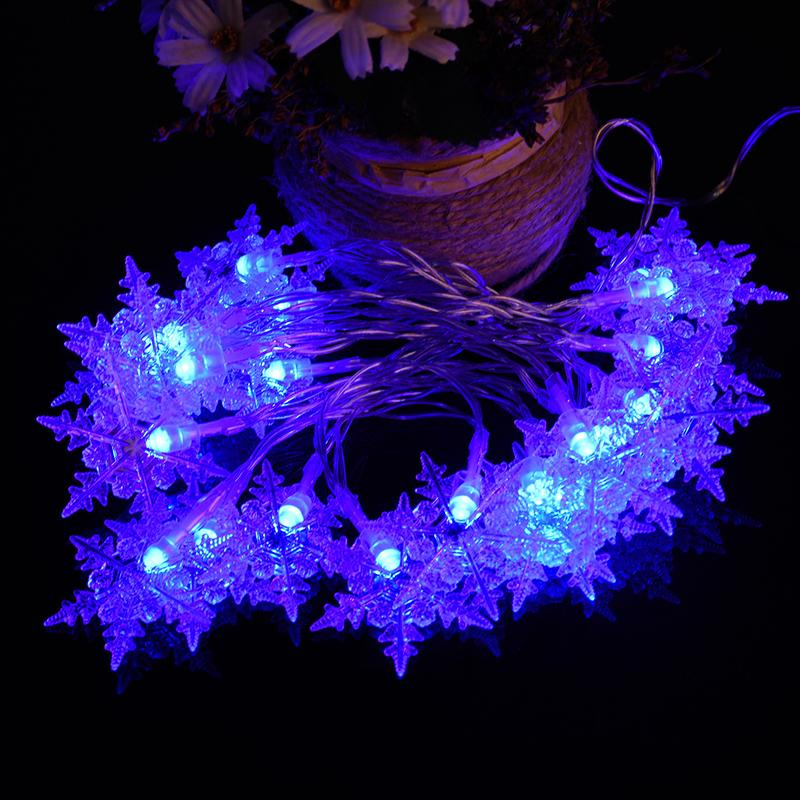 wholesale christmas light romantic fairy 20 led snowflake curtain string lighting holiday wedding garland party decoration battery powered string lights