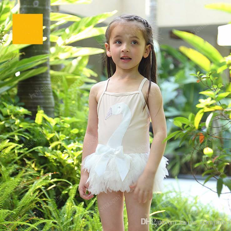 Swimwear bambino + cappello Swan Swimsuit Baby Girl regolabile Strap Beachwear Pizzo Bow-Knot Costumi da bagno Bambino Estate Spiaggia Abbigliamento
