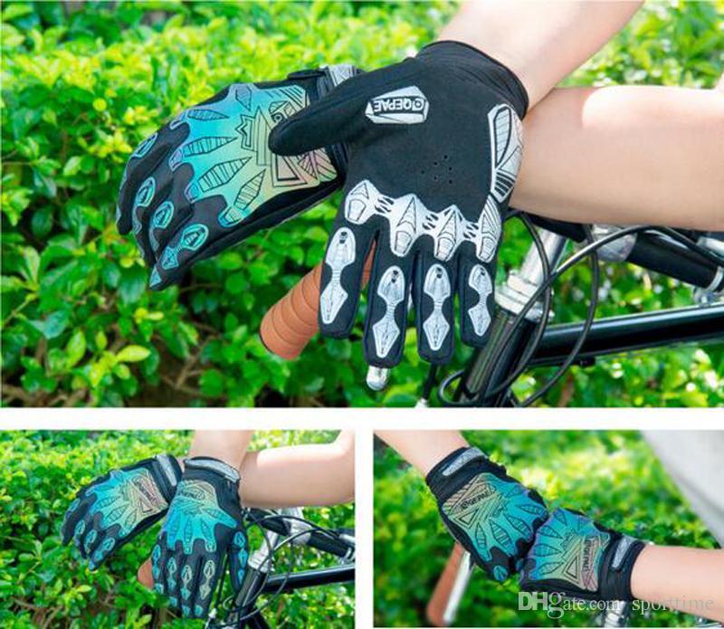 La nueva reflexión nocturna de estilo se refiere a los guantes de equitación El movimiento de la bicicleta La maquinaria de los hombres se refiere a los guantes