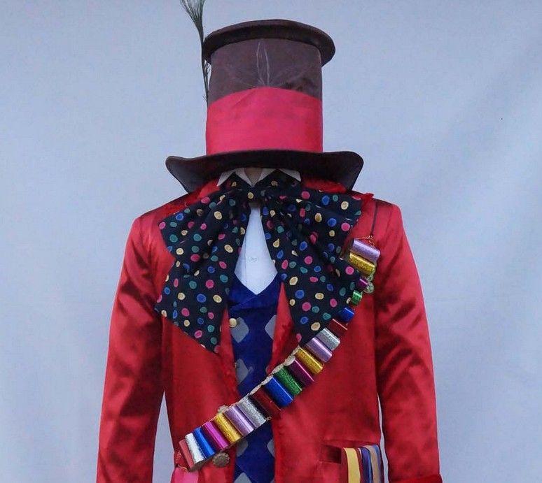 Костюм Алисы в Стране Чудес Безумный Шляпник включает 8 аксессуаров