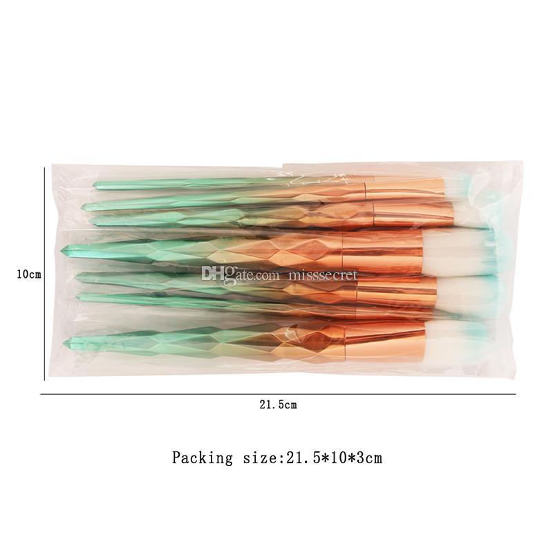 7 Adet / takım Elmas Makyaj Fırça Kozmetik Karıştırma Gökkuşağı Profesyonel Makyaj Fırçalar Set Eyeliner Kaş Dudak Fırçası Güzellik Aracı