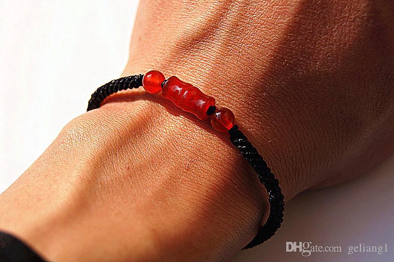 El katener, saf manuel dokuma Kong düğüm kırmızı akik oyma bambu şimdi yükselen bilezikler.
