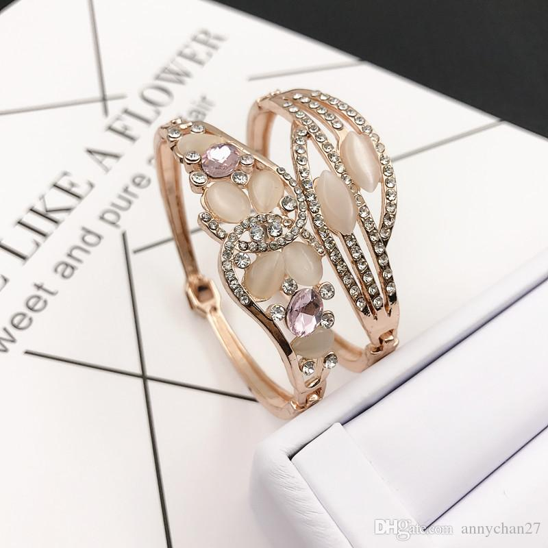 Charm Bangle Bracelet Rose Gold Silver Mix Diferentes estilos Venta al por mayor Cat Eye Gem Rhinestone Jewelry Korean Fashion Quality Bracelet DHL
