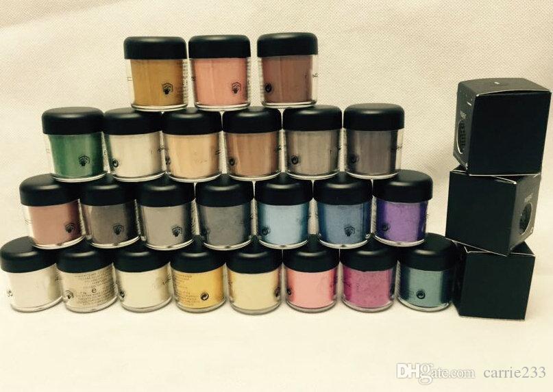 Бесплатная доставка Новый 7,5 г Пигментные тени для век / минерализация Тень для век с английскими цветами Название 24 цвета 12 шт. / Лот Случайная отправка Цвет