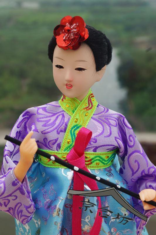 South Korea silk costume hanbok doll desktop ornaments Korean wedding gift gift birthday gift