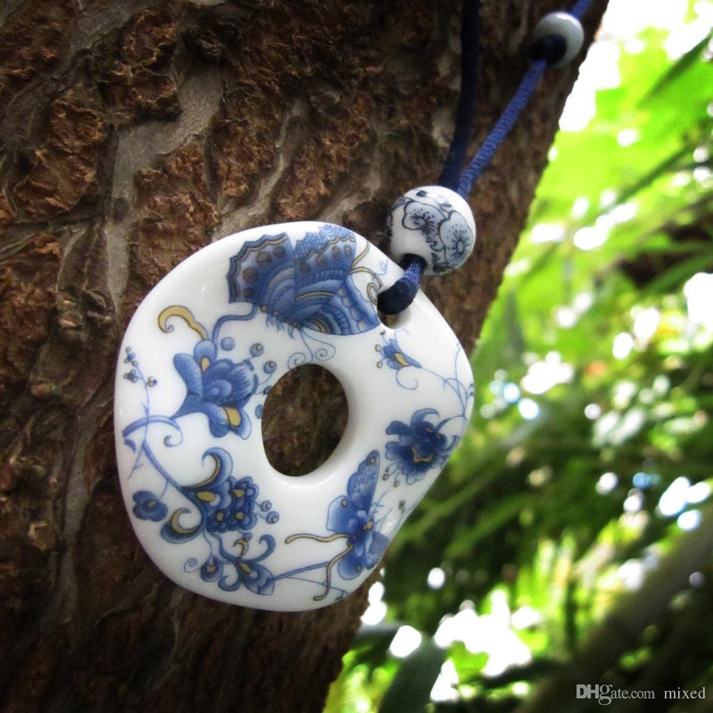 Caratteristiche cinesi Classico Retro gioielli in ceramica Abbigliamento Collana lunga le donne Gioielli ciondolo Moda maglia maglione a maglia