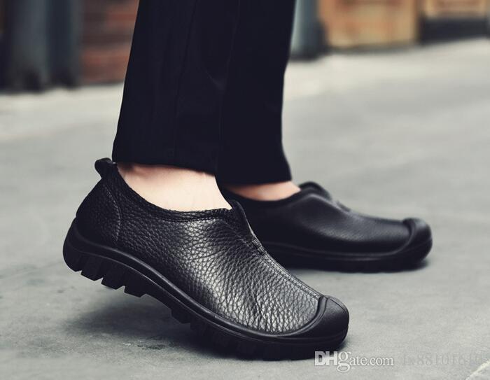 Nueva primera capa de hombres de ocio de cuero de ancho y zapatos de gran tamaño zapatos de negocios tendencia al aire libre de los hombres de los hombres