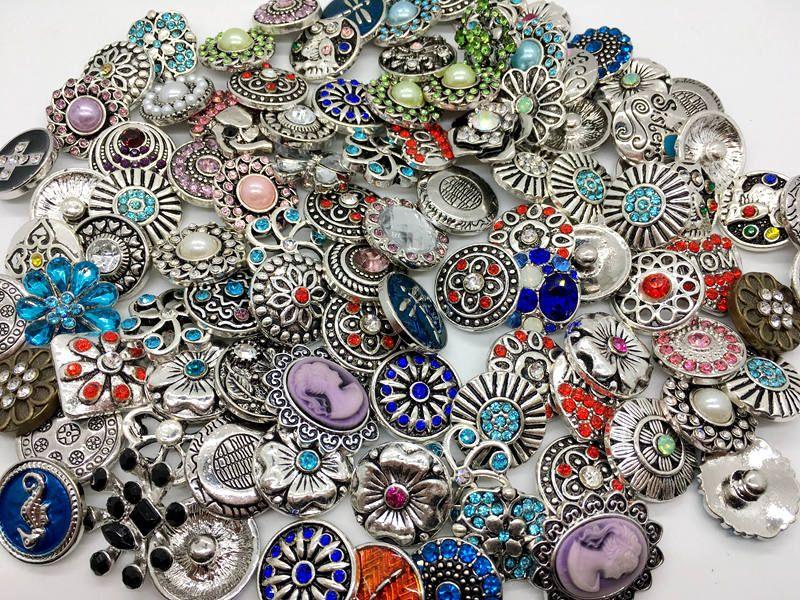 Commercio all'ingrosso 18mm Snap Button stile misto Metral strass Ginger Snap gioielli Sanps Chunk Button For Noosa Snaps Braccialetti di fascino