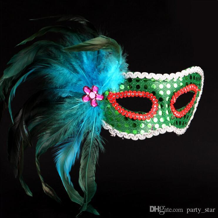 Kadın Cadılar Bayramı Venedik Boyalı Tüyler Masquerade Maskeleri Moda Eyeliner Mezuniyet Birtyday Parti Maskeleri Sequins Kapak Yüz Karnaval Maskeleri