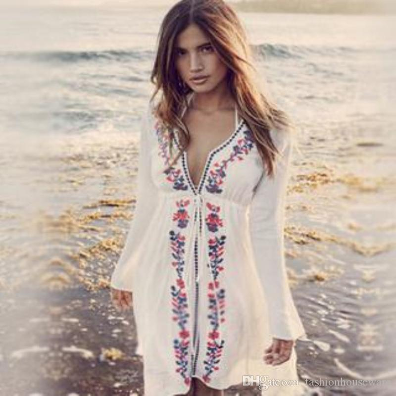 Beach Cover Up White Swimsuit Bohemian Floral Cover Up Summer Crochet  Beachwear Bathing Suit Cover Ups Beach Tunic UK 2019 From Fashionhouseware 41ccf70a38b3