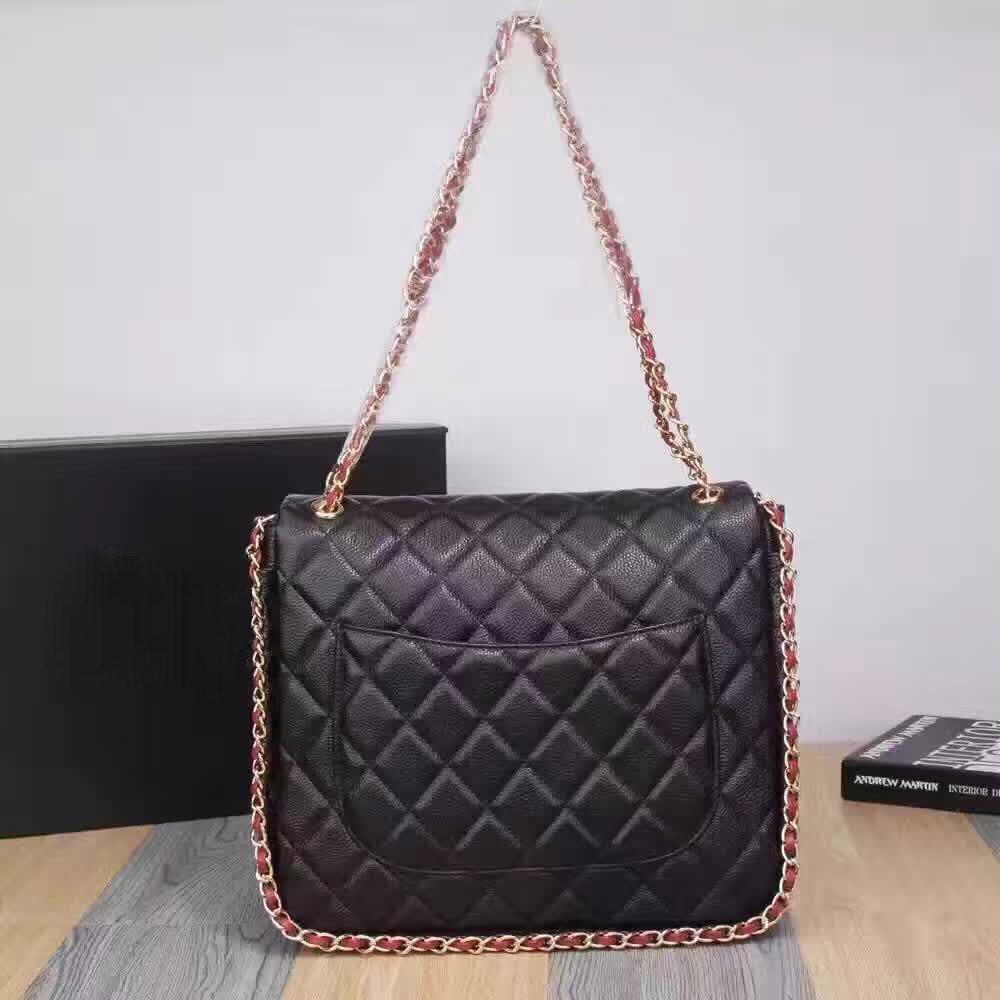 f437fea831823 Der neue Trend des kleinen Gitters echtes Leder Handtasche Chain Bag  Fashion Handtasche Schultertasche Messenger Bag.