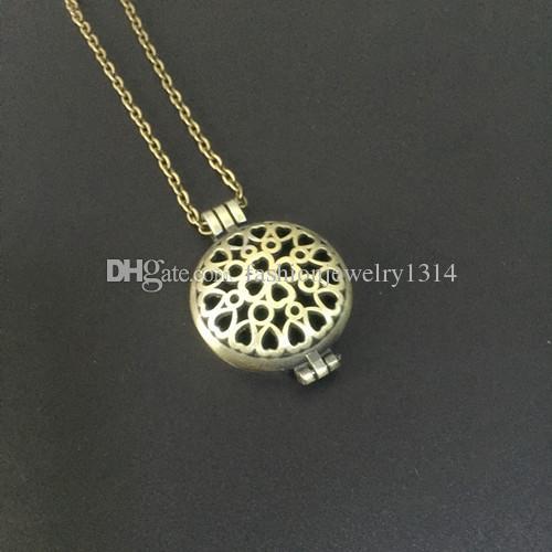 Antique Bronze Censer Aromatherapy Locket Essential Oil Diffuser Floating Hollow Locket Pendant Necklaces Perfume Locket Necklace