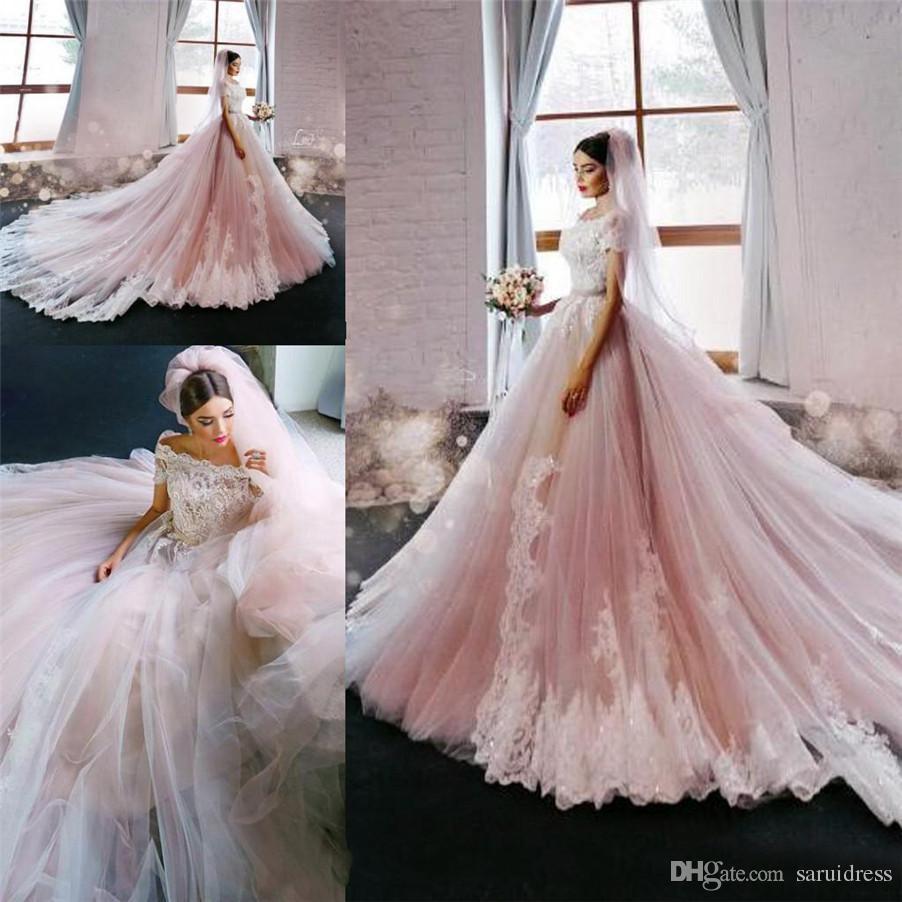 Роскошь с плеча кружева с коротким рукавом аппликация часовня поезд свадебные платья на заказ фарфора румяна розовые свадебные платья с цветом