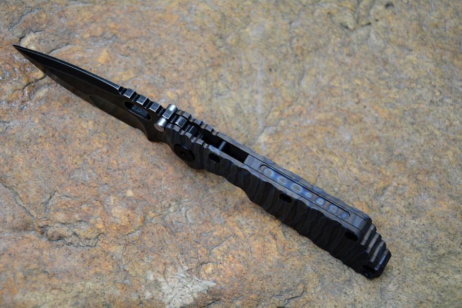 Strider SMF CUCHILLO Táctico Táctico Y-Inicio D2 Acero Alta Velocidad Negro Piedra Enjuague TC4 Llama Textura Manija Supervivencia al aire libre Cuchillo