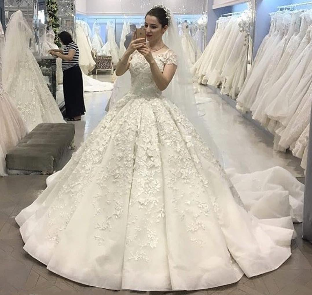 Vintage Ball Gown Wedding Dresses With Cap Sleeves Bridal Gowns ...